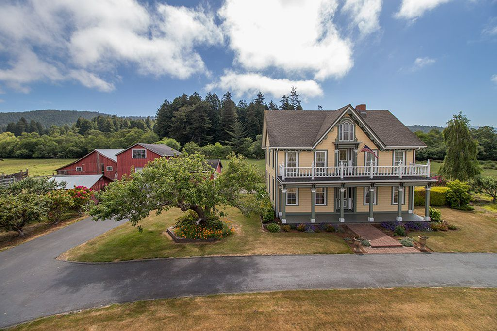 7 Of The Most Beautiful Historical Homes For Sale In The Pacific