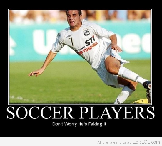 Soccer Players I Don T Think He S Faking It Soccer Funny Soccer Jokes Soccer Quotes Girls