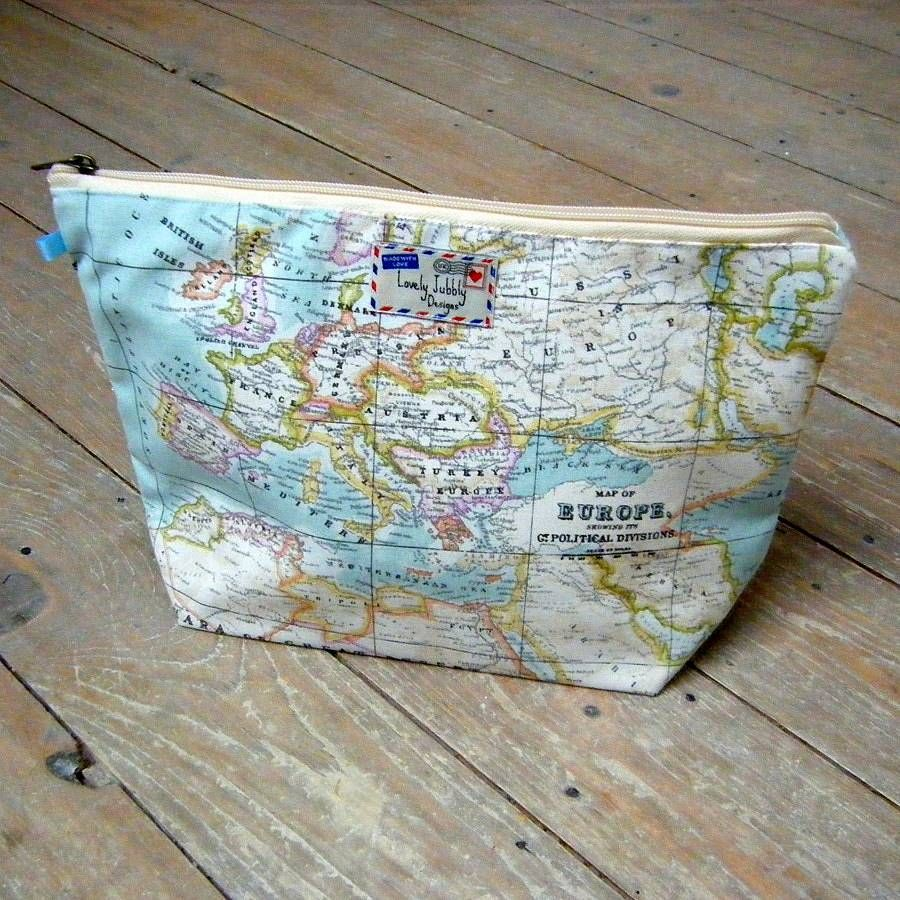 World map atlas cosmetic toiletry wash bag mens washbags world map atlas cosmetic toiletry wash bag gumiabroncs Image collections