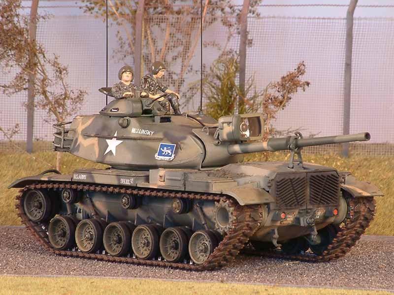 M 60 A1 mit MERDC-Tarnung