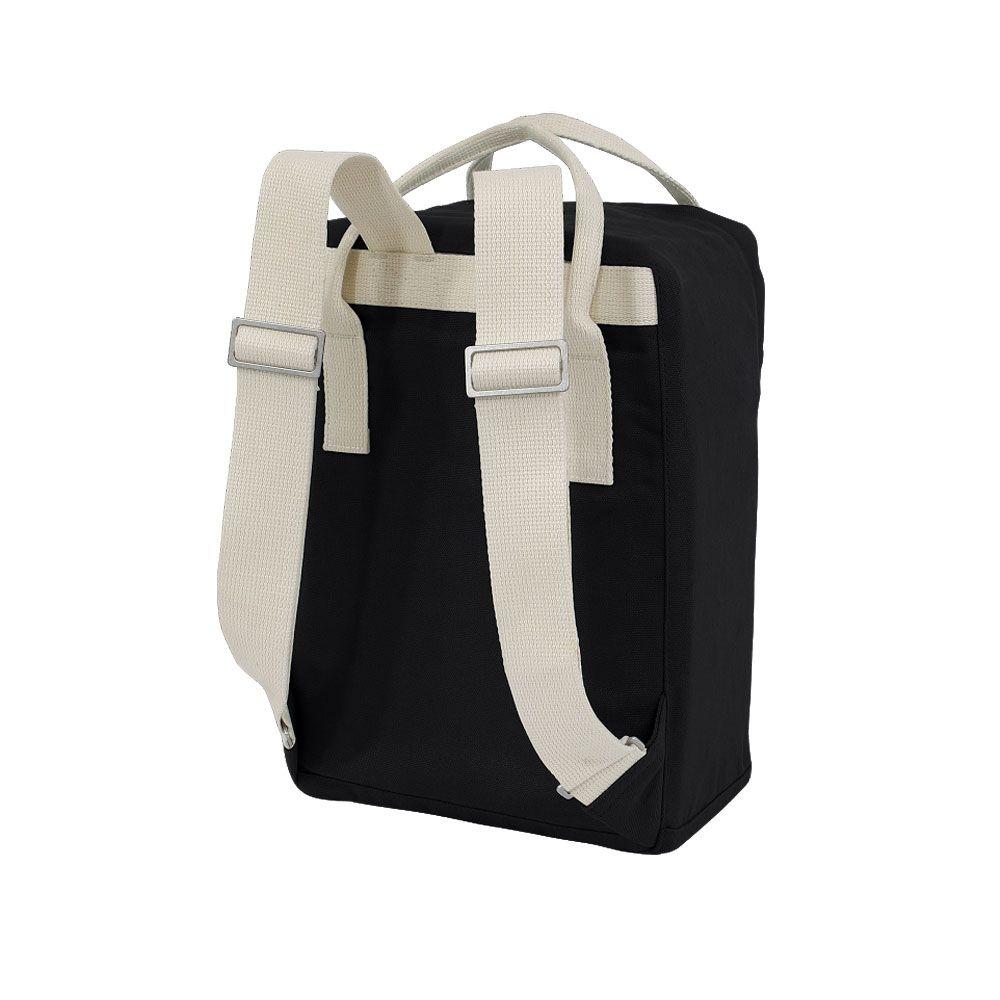 578f7d301844b Ansvar 4 ist der neue schwarze Mini Rucksack für deine Kinder. Perfekt für  den Kindergarten