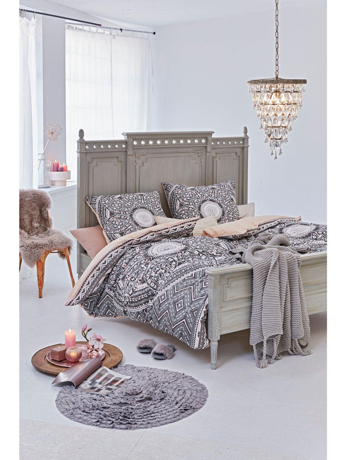 Bett grau Vintage Look Schlafzimmer einrichten ideen