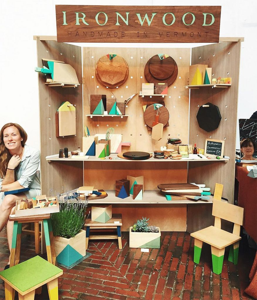Ironwooddesign Is Winning Us Over With Their Beautiful Booth And  # Muebles Dummy Medellin