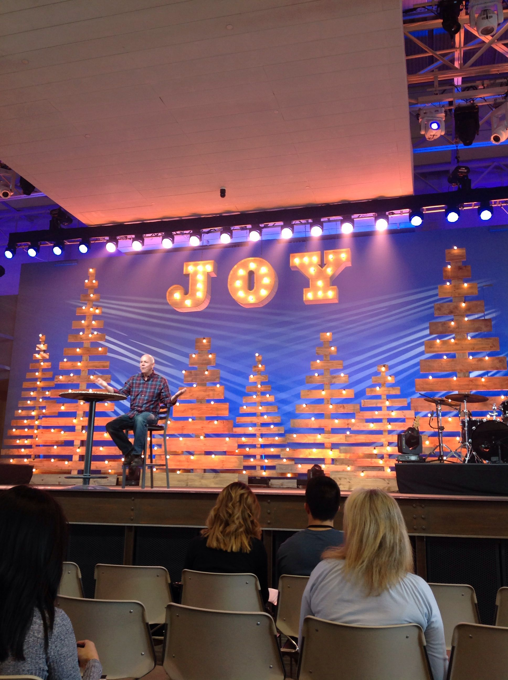pastor tom halladay teaching us about joy during the christmas season saddleback church lake forest campus - Christmas Stage Decorations