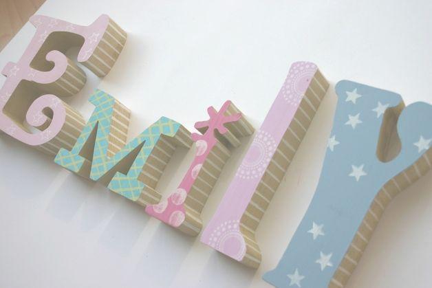 Holzbuchstaben Kinderzimmer Zum Aufstellen.Wunderschöne Selbst Gestaltete Buchstaben Zum Aufstellen Auf