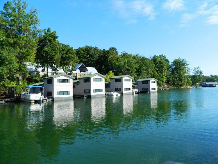 Floating cabins patoka lake cabins fishing cabin