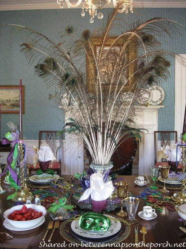 Mardi Gras Table Setting And Decorations Mardi Gras Centerpieces And Mardi Gras Party