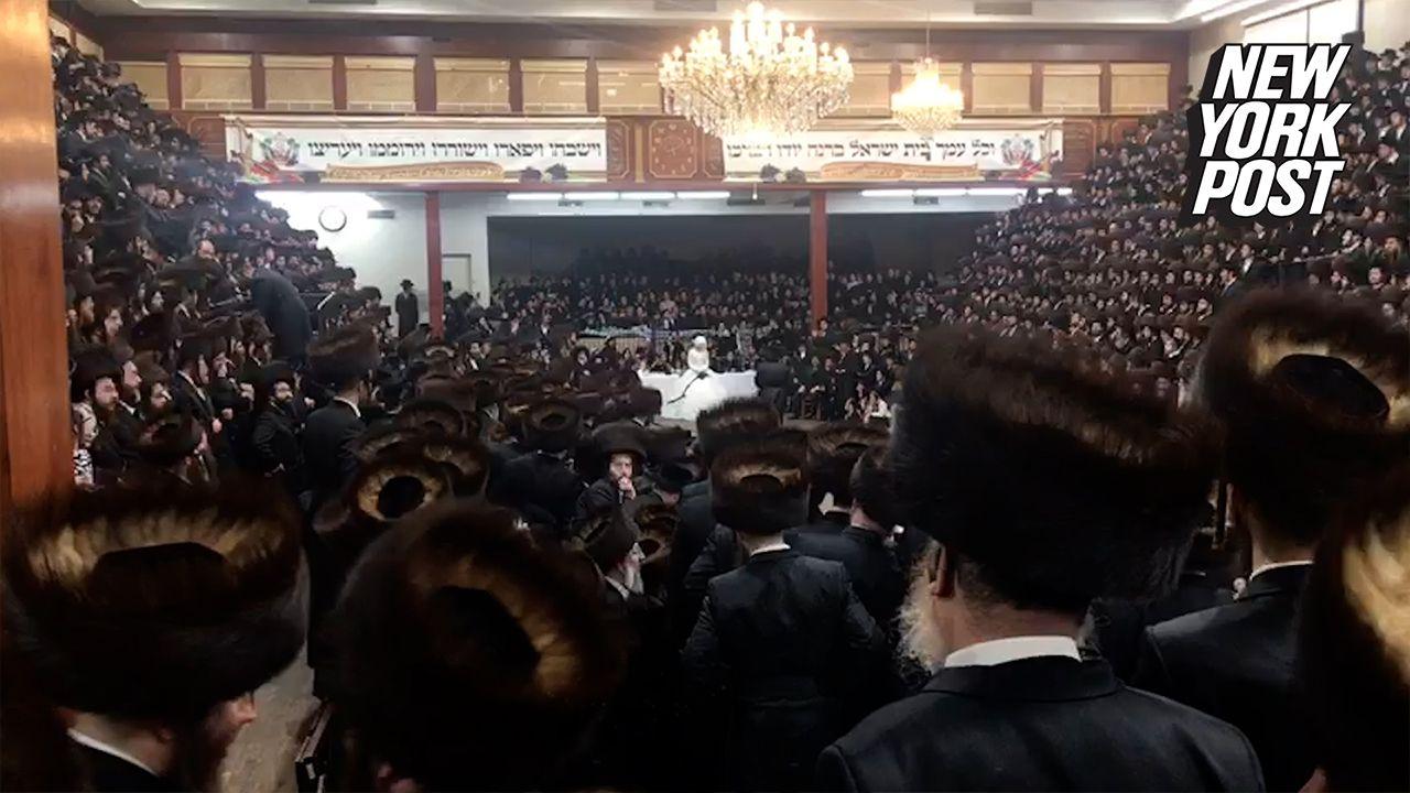 Secret Plans Helped Brooklyn Synagogue Pull Off Massive Maskless Wedding Wedding Brooklyn Wedding Organization