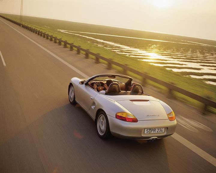 The Porsche Boxster (Type 986), with water-cooled six-cylinder engine, went into series production in fall of 1996.