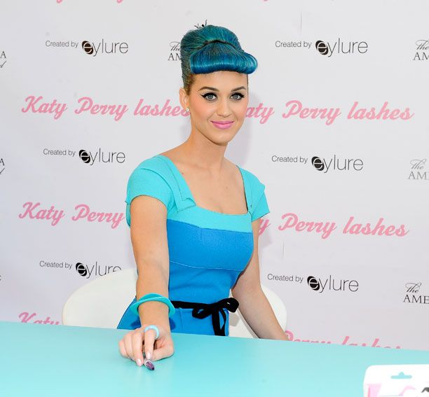 Katy Perry Blue Hair | Beauty | Katy perry photos, Katy ...