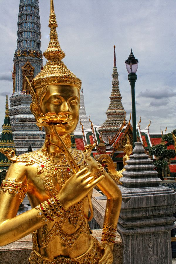 Temple of the Emerald Buddha by Lena Postnykova on 500px