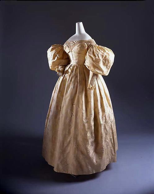 Wedding dress 1835