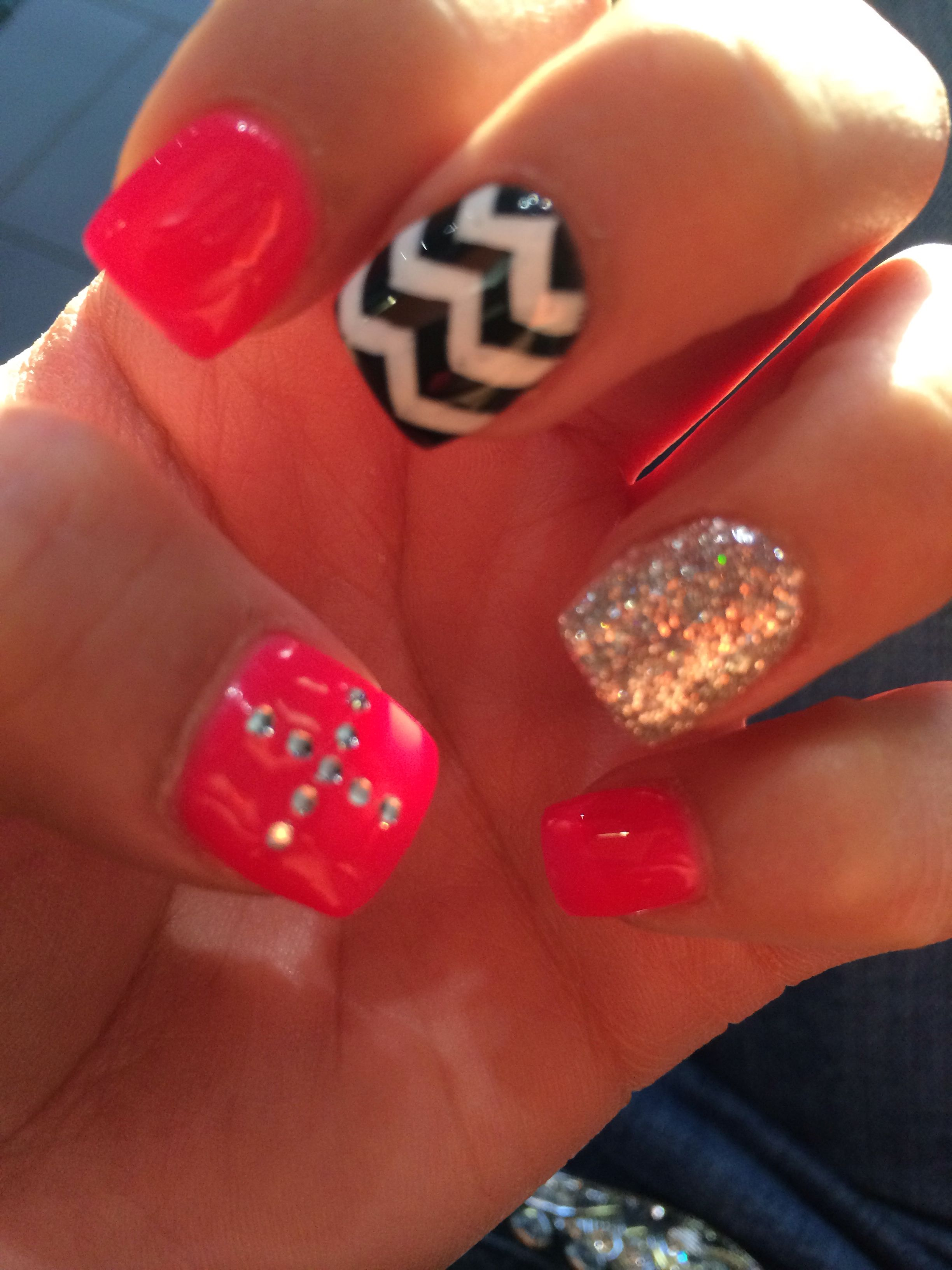 In Love With My New Nails Cross Chevron Glitter Pink Nails