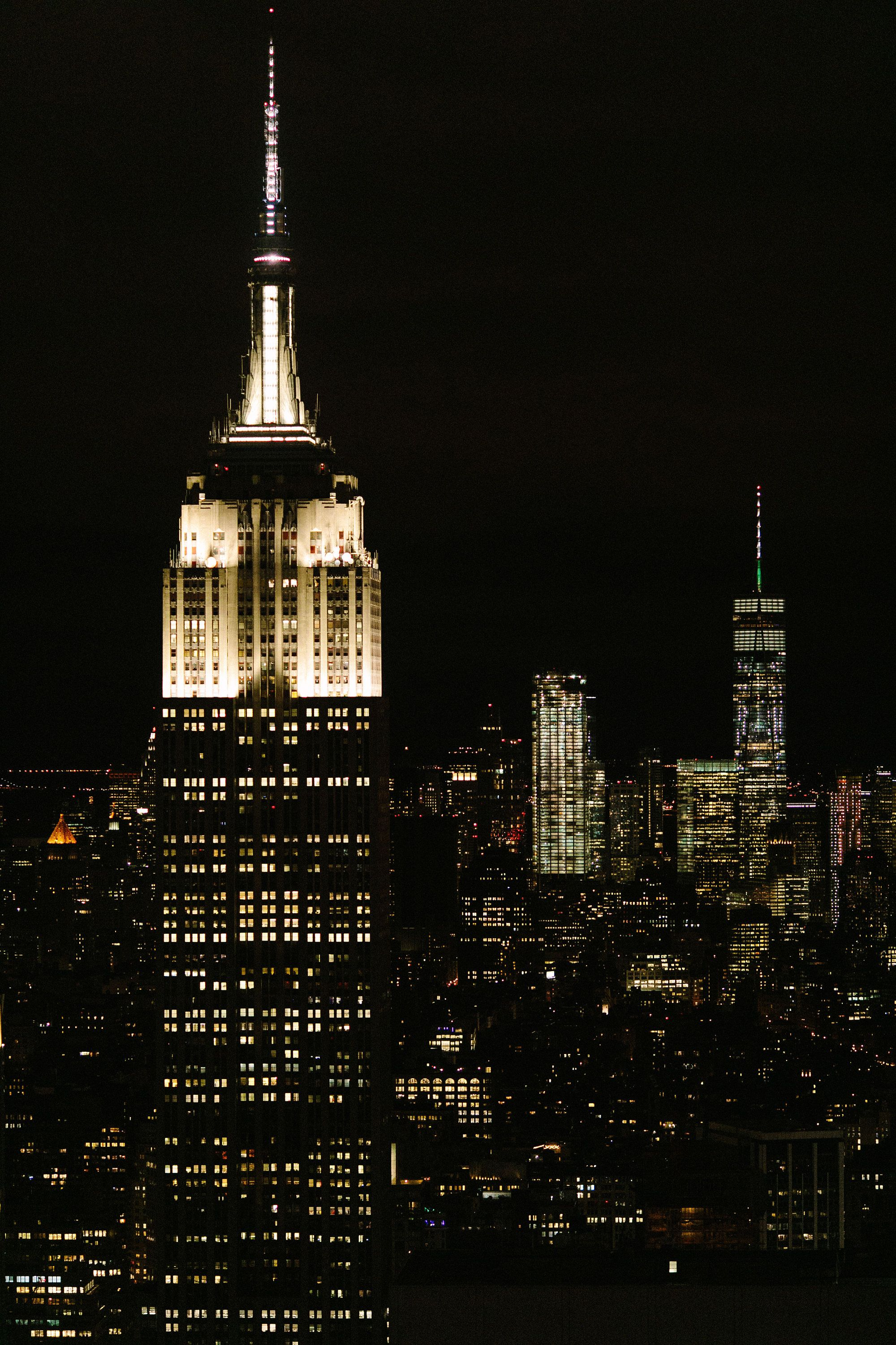 Vertical Photo Of Empire State Building At Night New York Skyline At Night Freedom One Tower At Night Nighttime In New York City Empire State Building Empire State New York Wallpaper
