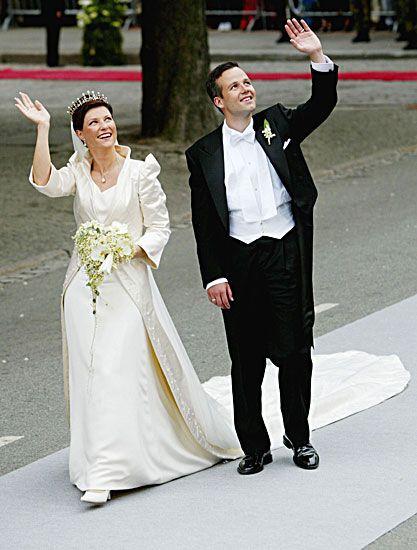 Diana Princess Of Wales Memory Koninklijke Huwelijken Koninklijke Bruiloft Bruid Jurken