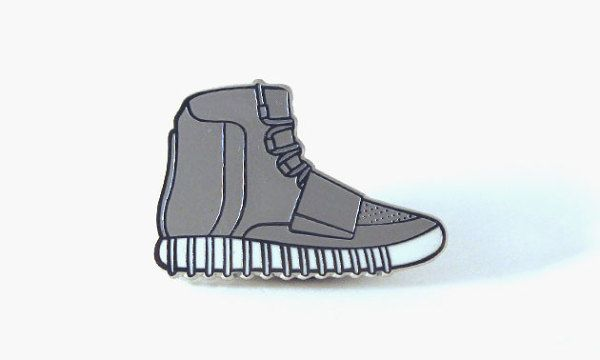 Kanye West Elon Musk Apple More Just Got Hacked On Twitter Pintrill Kanye Nice Shoes