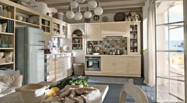 arredo per piccole cucine in muratura color avorio con ...