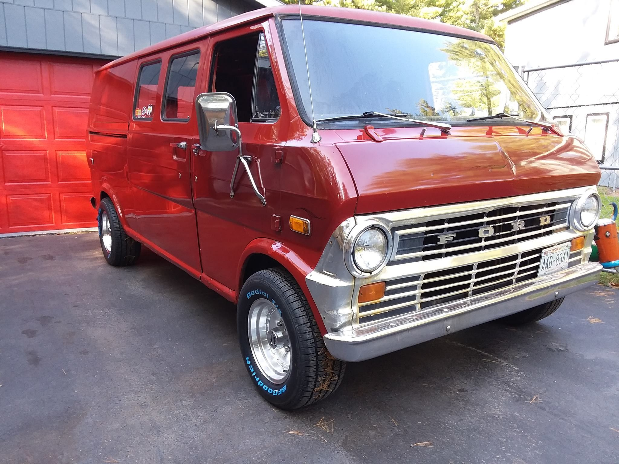 255 60 15 On 8 Rims Custom Vans Ford Van Vans