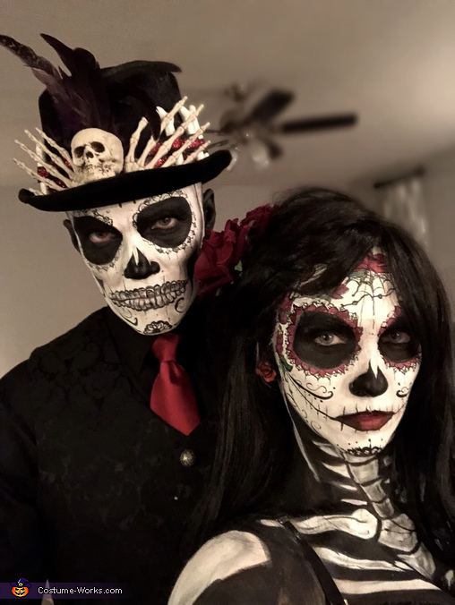 Day of the Dead Halloween Costume Contest at Costume