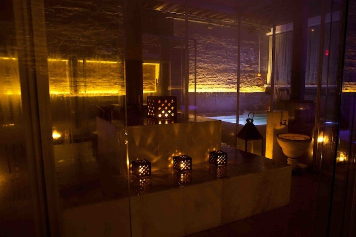Aire Ancient Baths Amenities The Roxy Hotel Luxury Spa Treatment Luxury Pool Bath