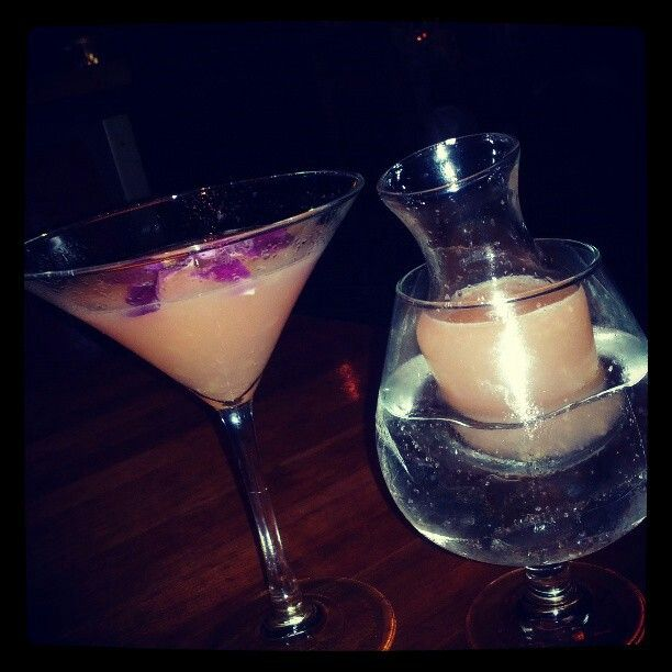 Fleur de lis Martini