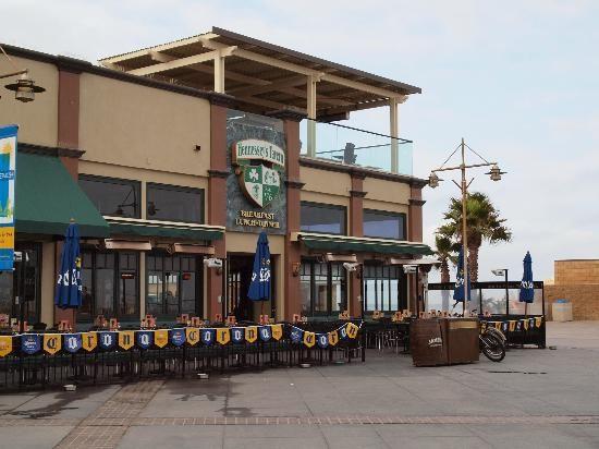 Hennessey S At Hermosa Manhattan Beach Strand Area