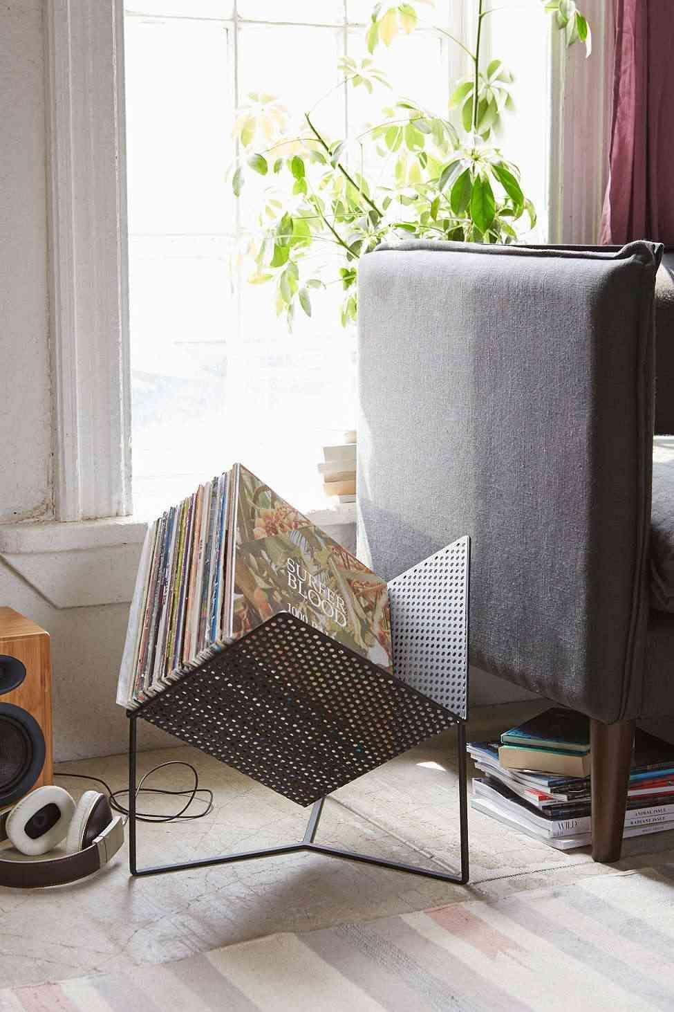 rangement vinyle fonctionnel et l gant en 35 id es inspirantes pinterest vinyl und schr nkchen. Black Bedroom Furniture Sets. Home Design Ideas