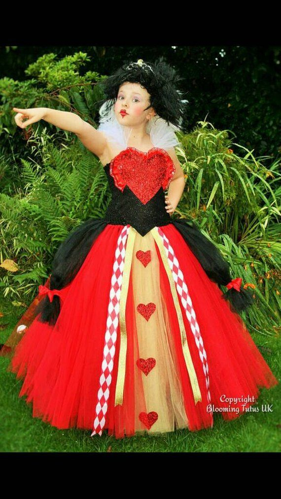 I love this Red Queen tutu dress, with lots of hearts and ...