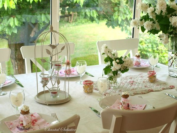 Decoration bapteme communion chantal sabatier table de for Decoration table bapteme