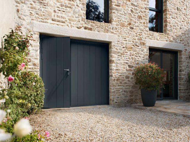 Entre praticité et esthétique, La porte de garage Novoferm® Habitat