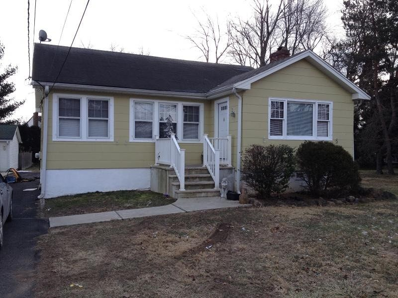 Affordable 2 bedroom home for sale in #Fairfield MLS # 3123793 in Fairfield Twp., NJ 07004-2307 | Homes in West Essex #lattimerrealty #ginachirico #homesinwestessex #justlisted #homesforsaleinfairfieldnj