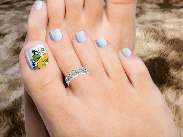 Pin de Orlando en pies lindos | Pinterest | Pedicura, Diseños de ...