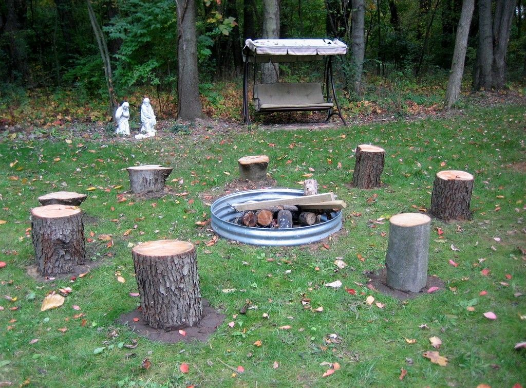 10 Awesome Tree Stump Fire Pit Seating Ideas Go Travels Plan Stump Fire Pit Fire Pit Fire Pit Seating