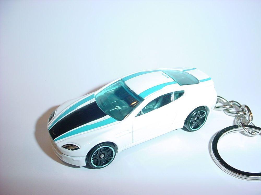 New 3d White Aston Martin V8 Vantage Custom Keychain Keyring Key