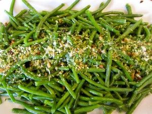 QUICK AND EASY: OVEN ROASTED HARICOT VERT (GREEN BEANS) WITH PISTACHIO AND PARMESAN GREMOLATA   THE SKINNY:  How I Went from a Size 10 to a 2 in 4 Months by Eating More and Exercising Less!