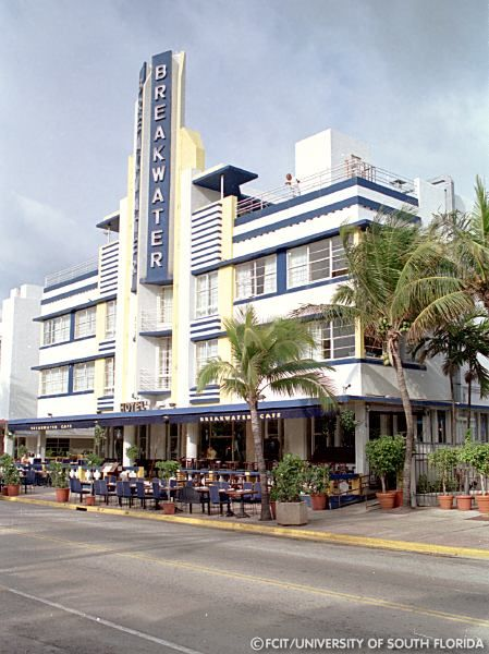 Art Deco Breakwater Hotel, South Beach