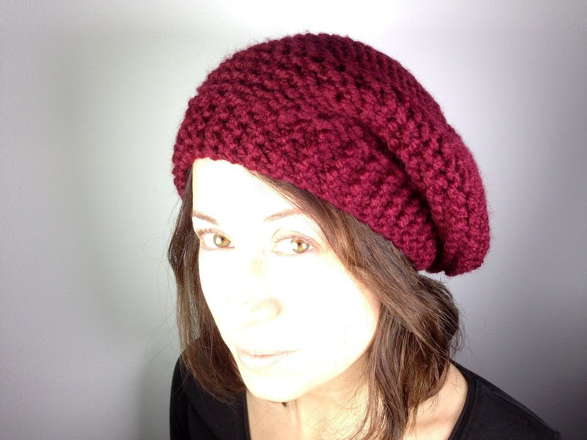 How To Loom Knit A Beret Hat Diy Tutorial Loom Hats Loom Knit Hat Loom Knitting Patterns