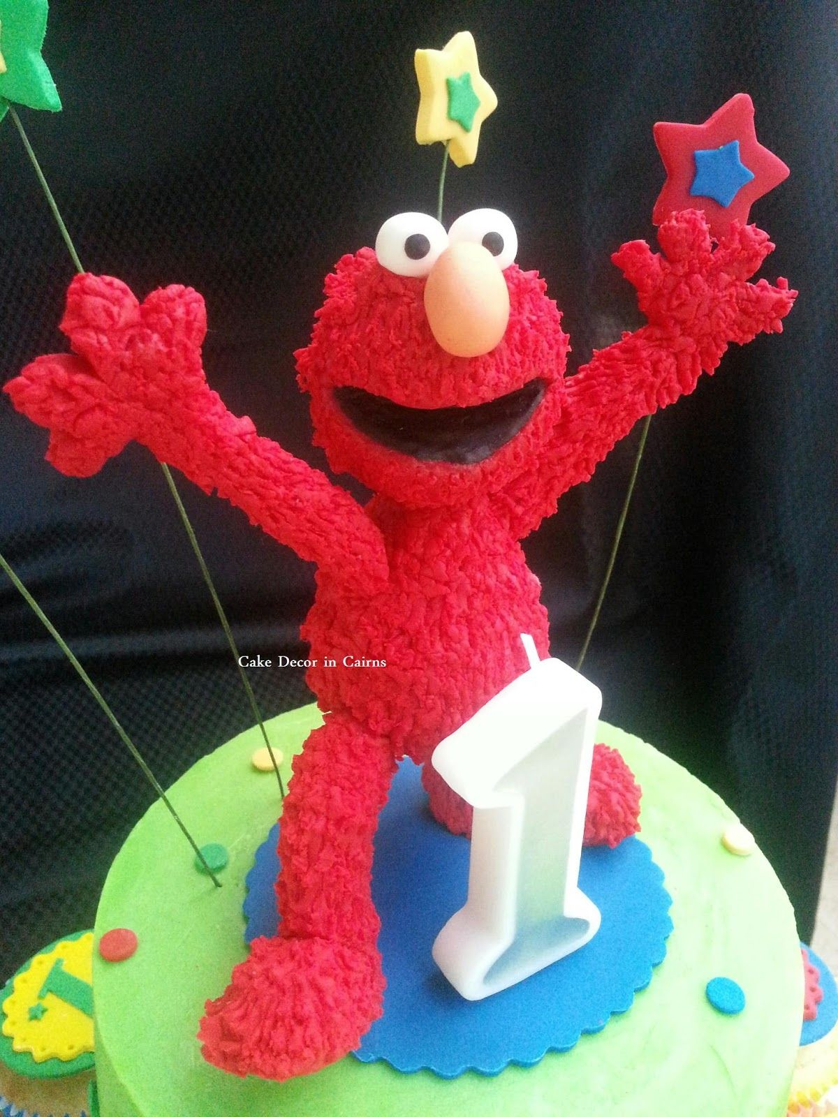 How I made My Fondant Elmo Cake Topper mini photo tutorial