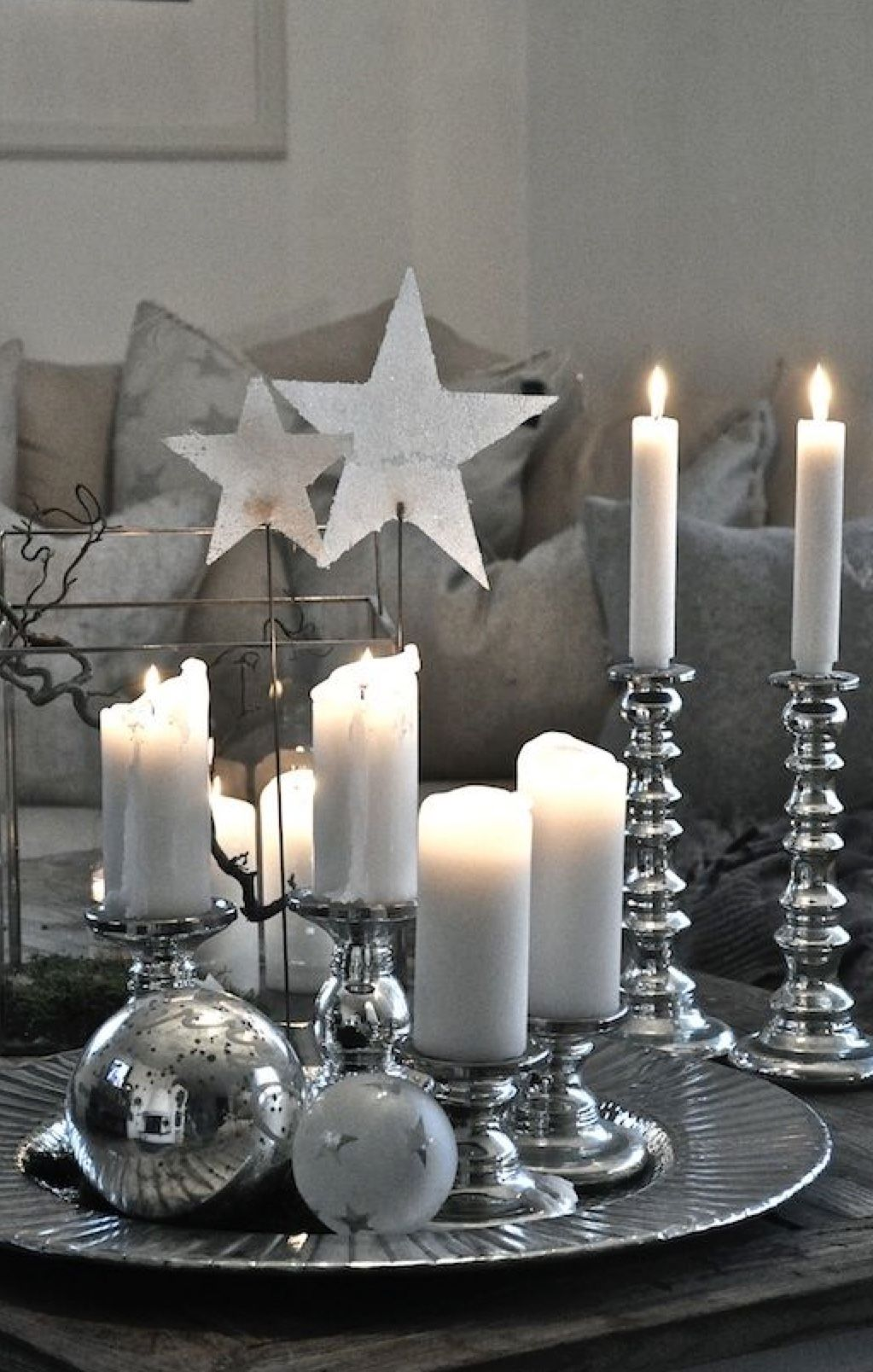 Pin By Gail Steven On Silver Grey White Christmas Decor Christmas Tree Table Decorations Silver Christmas