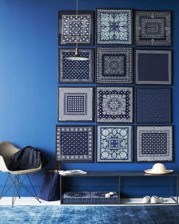 dekoidee für die wand - blaue wandfarbe und dekorative bilder - kuche blaue wande
