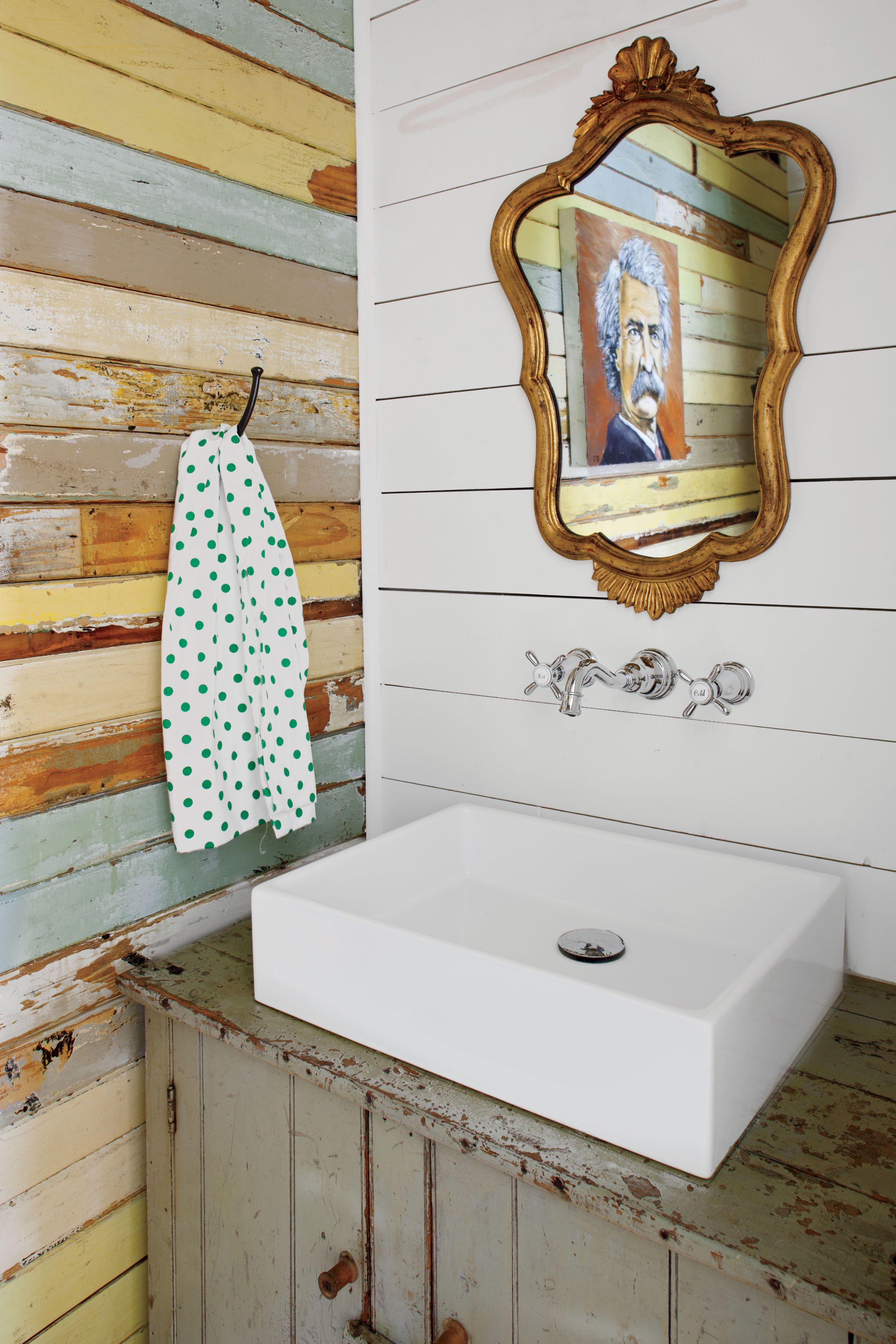 Tour This Happy Yellow Beach Cottage Beach Bathrooms Beach