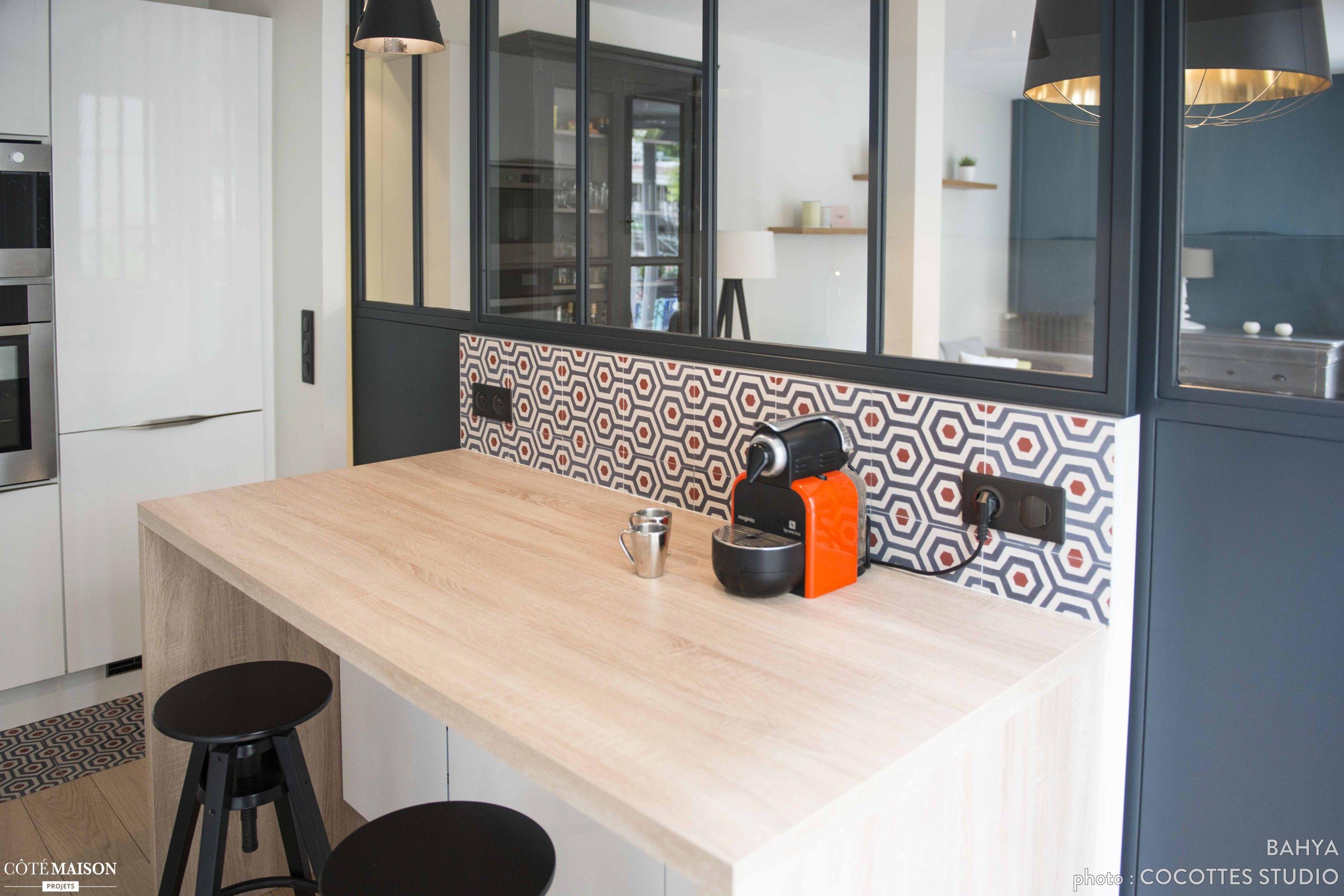 r alisation cocottes studio sol et cr dence en carreaux de ciment bahya motif lunatic. Black Bedroom Furniture Sets. Home Design Ideas