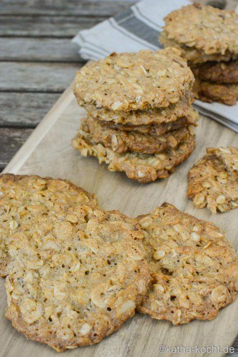 Haferflocken Kekse - knusprige Haferflocken-Haselnuss Taler #kokosmakronenrezept