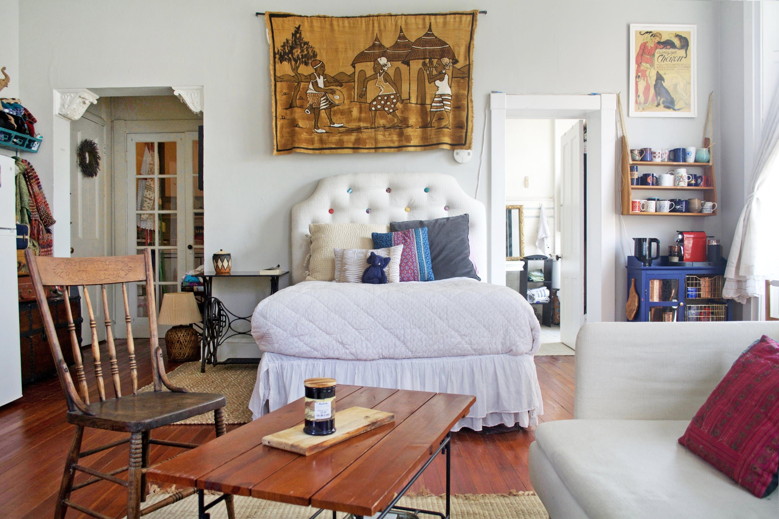 A Cheerful 450 Square Foot Studio In Historic Baltimore With
