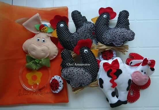 Porquinho porta pano, móbile galinha e vaca fofa