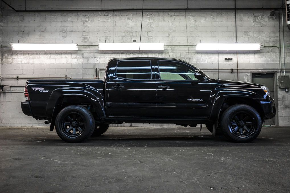 murdered out all black 2013 toyota tacoma trd sport 4x4 pickup truck for sale northwest. Black Bedroom Furniture Sets. Home Design Ideas