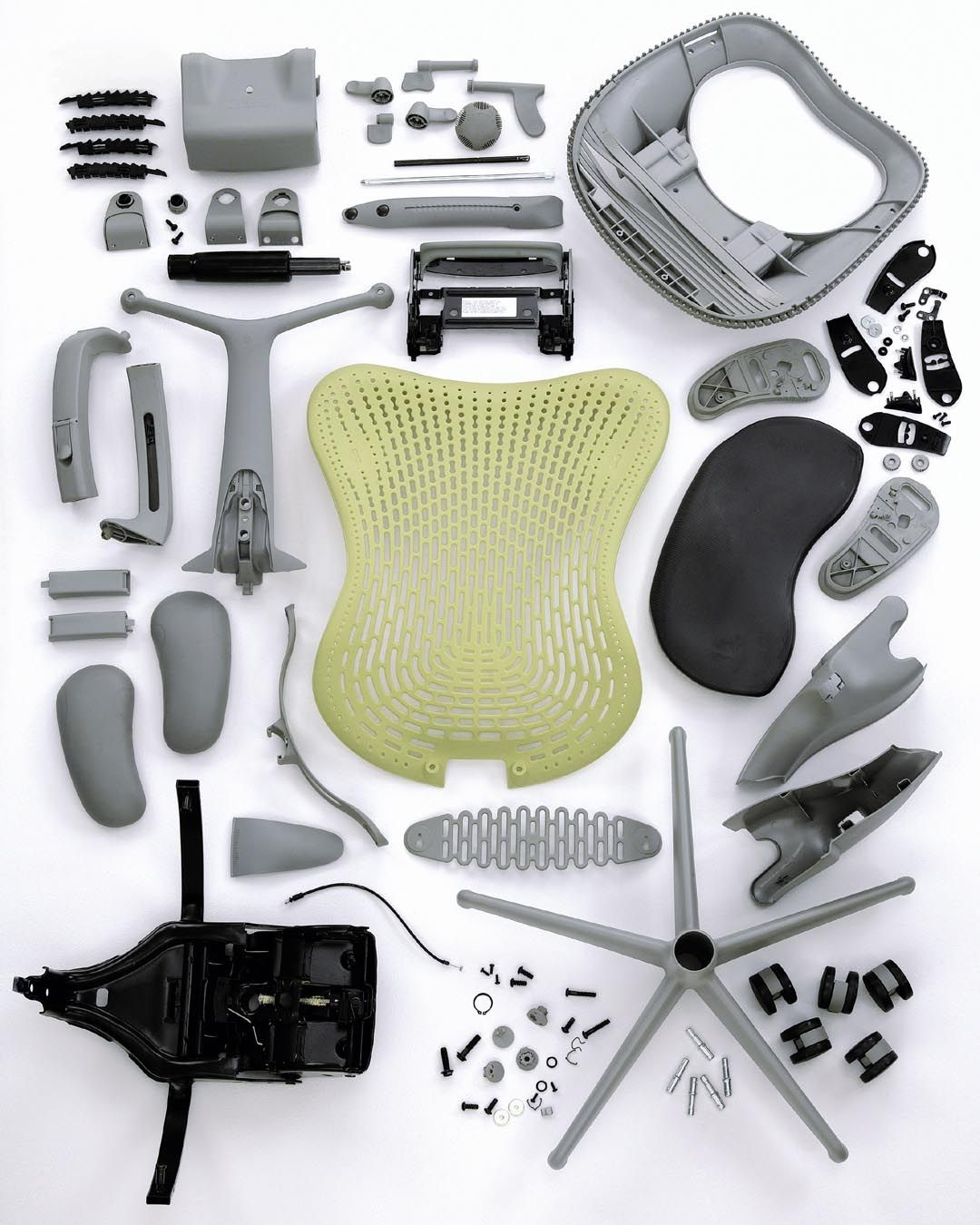 Herman Miller Mirra Chair For The Studio Looks Like You Get A Fair Few Parts Money Thankfully It Will Arrive Fully Assembled As We Don T Fancy