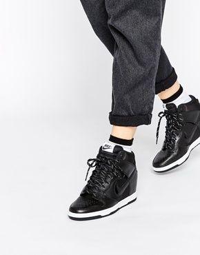 Zapatillas Nike Dunk Sky Hi Essential
