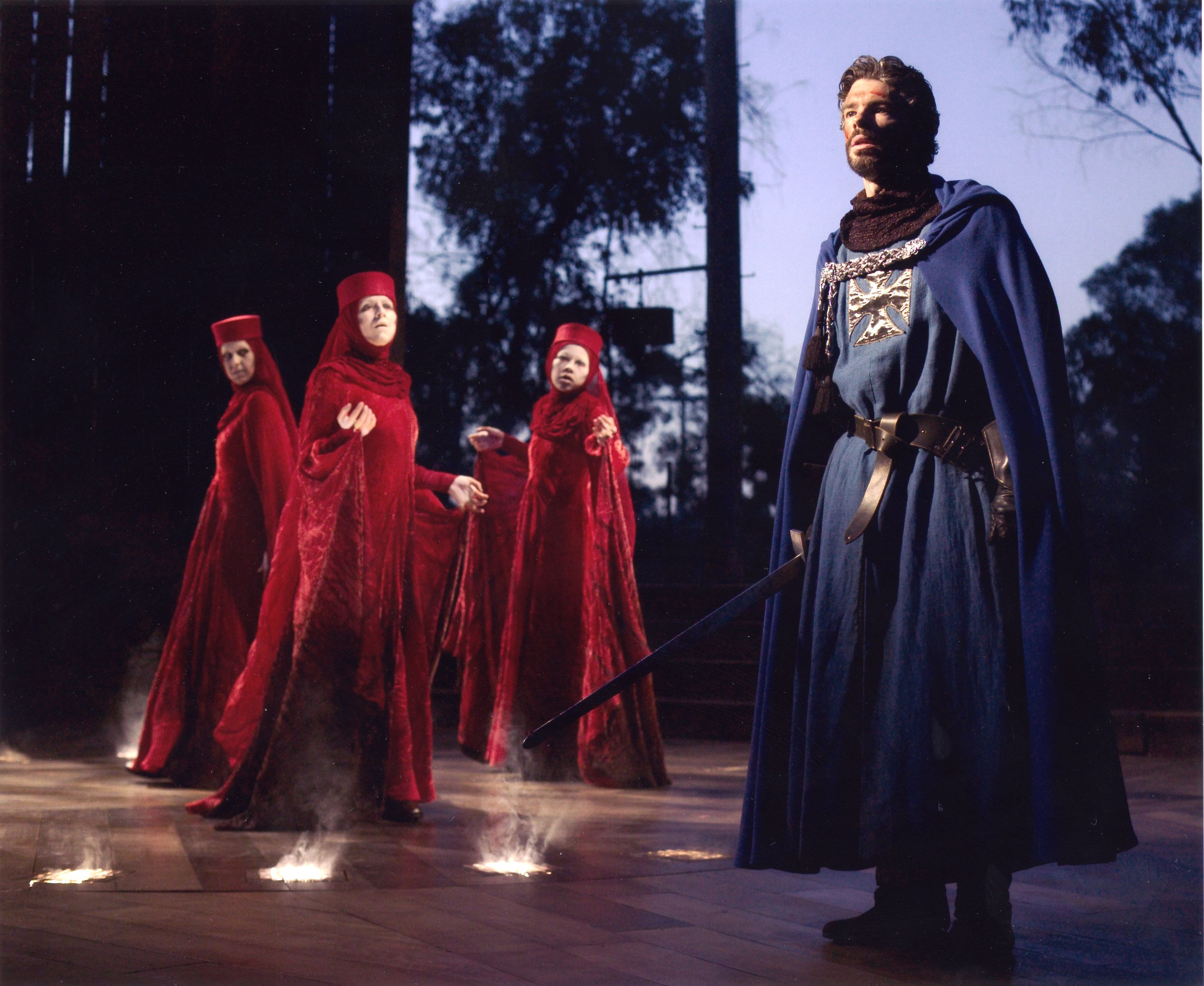 The influence of the witches on macbeth in shakespeares macbeth