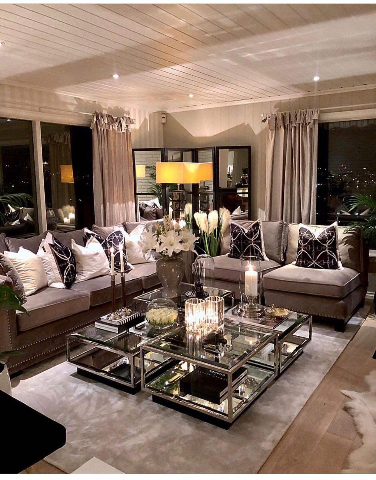 Pin by Xochilt Ruiz on Living room decor apartment in 2019 ...